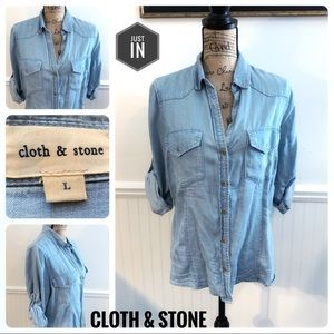 Cloth & Stone Chambray Top Size Large